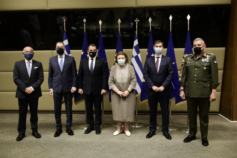 Στρατιωτικός τουρισμός: Υπογραφή Μνημονίου Συνεργασίας μεταξύ των υπουργείων Άμυνας, Πολιτισμού και Τουρισμού